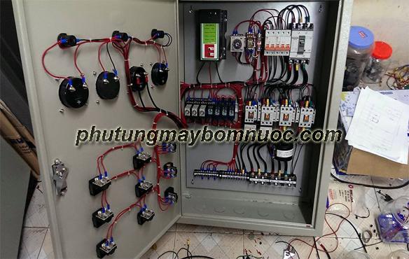 Tủ điện điều khiển hệ thống máy bơm nước